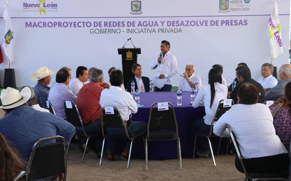 Monterrey: Llevan agua potable al sur de Nuevo León (MILENIO)