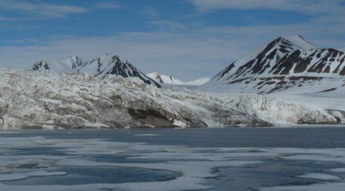 Científicos confirman que los microplásticos han llegado a zonas remotas del Ártico (La Sexta)