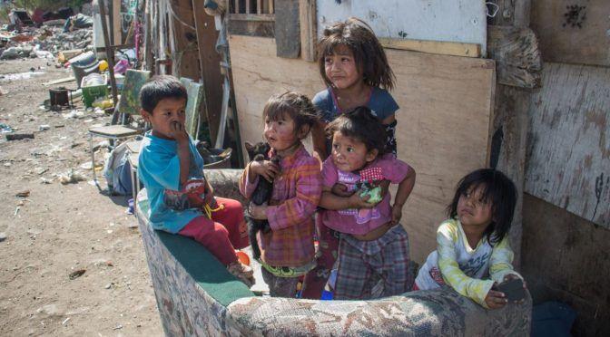 Coneval no permite identificar pobreza urbana, no miden abasto diario de agua: Consejo Evaluación CDMX (Aristegui Noticias)