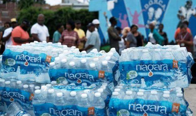 Estados Unidos: Se agudiza crisis del agua en ciudad cercana a Nueva York por contaminación con plomo (metro libre)
