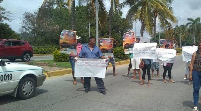 Guerrero: Con protesta piden solucionar descargas de aguas residuales en Pie de la Cuesta (El Sol de Acapulco)