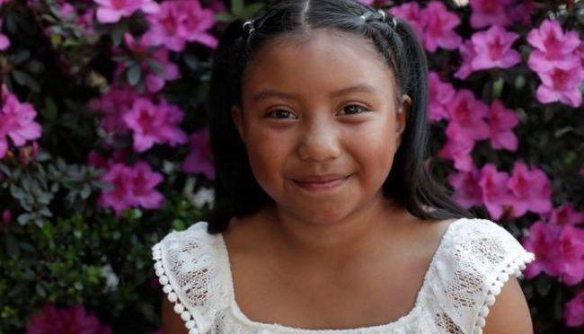 Niña mexicana de 8 años gana premio de ciencias de Billion Acts, creada por galardonados con el Nobel de la Paz (ID)