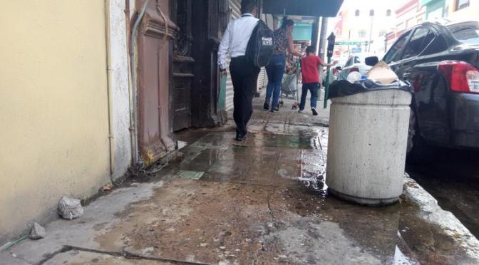 Tampico: Grave peligro representa fuga de agua (El Sol de Tampico)
