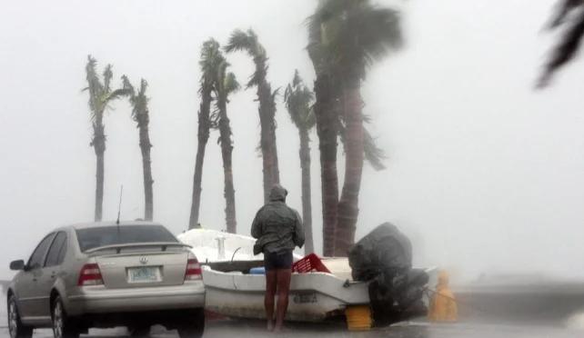CDMX: Pronostica Conagua 33 huracanes para la temporada (El Universal)