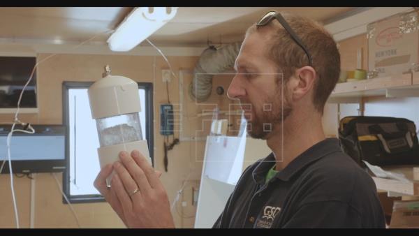 Canadá: Los microplásticos se están acumulando en el hielo del Ártico (Plano Informativo)