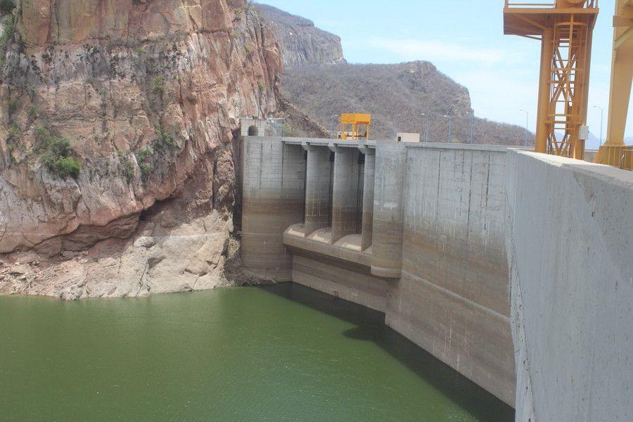 Sinaloa: Esperan productores que lluvias aporten agua a presas del Norte (Línea Directa)