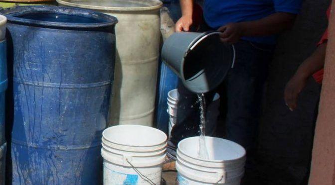 """Cuernavaca: Con """"diablitos"""" sobreviven a escasez de agua de pozos (El Sol de Cuernavaca)"""