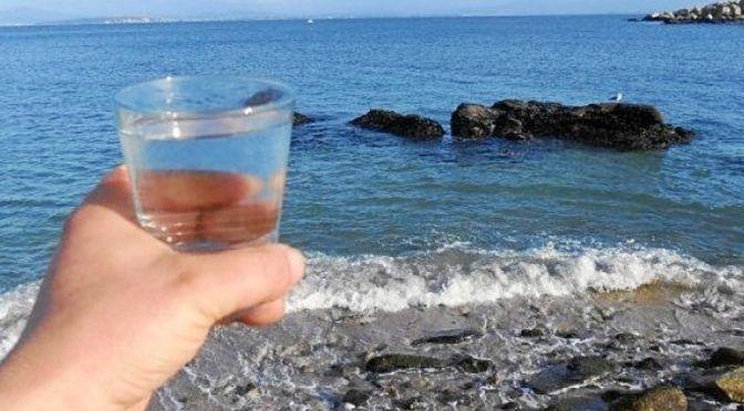 Europa: Toda la verdad detrás de la absurda moda de beber agua de mar (Código Nuevo)