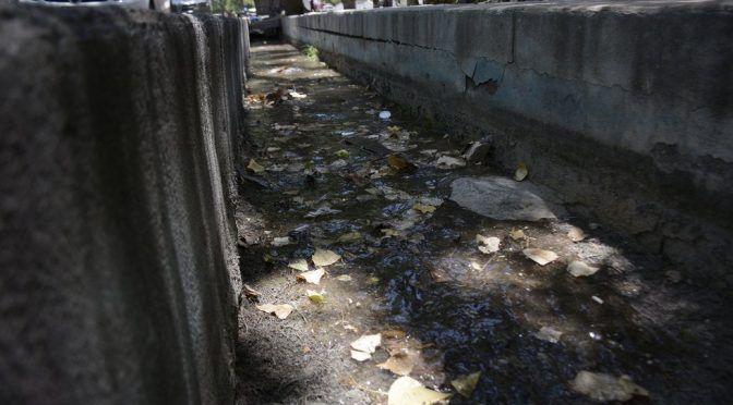 Coahuila: Acumula basura acequia de Arteaga… ¿y el agua? (Vanguradia)