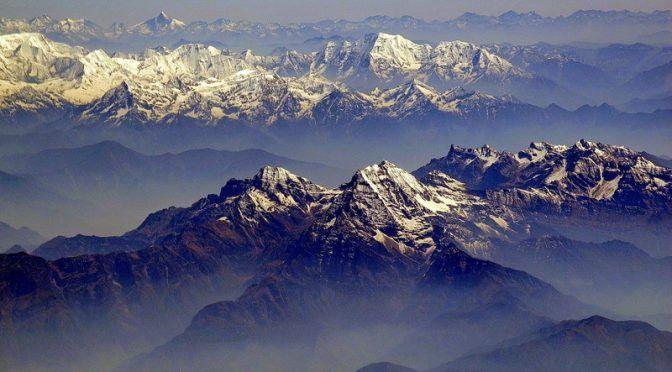 El deshielo de glaciares del Himalaya libera polución atrapada décadas atrás (Diario de Ibiza)