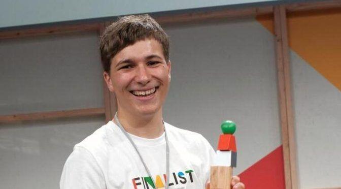 El adolescente que ganó el Premio Google por eliminar los microplásticos (El Tiempo en España)