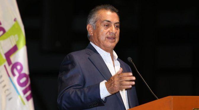 Monterrey: Asegura Estado que sólo 2 colonias no tienen agua (Milenio)