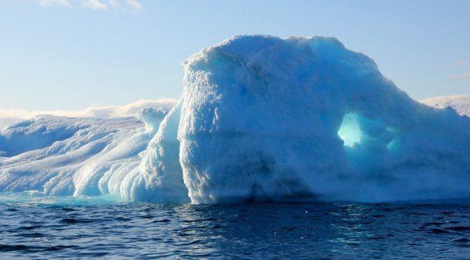 Groenlandia se derrite y pierde toneladas de hielo en 24 horas (Noticieros Televisa)