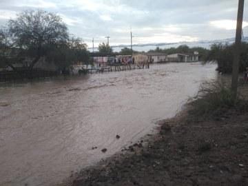 San Luis Potosí: Desalojan a 50 familias en Matehuala, por tormenta (La Jornada)
