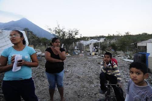 Monterrey: Afecta fuga de agua a diversas colonias (La Jornada)