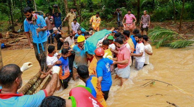 Nueva Delhi: Mueren 184 y evacuan a un millón en India por inundaciones (La Jornada)