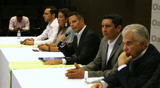 Tras 62 reuniones, sigue conflicto entre dos comunidades oaxaqueñas (La Jornada)