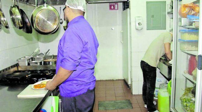 Coahuila: Mitad de restaurantes no cumplen con norma 002: SIMAS (El Sol de La Laguna)