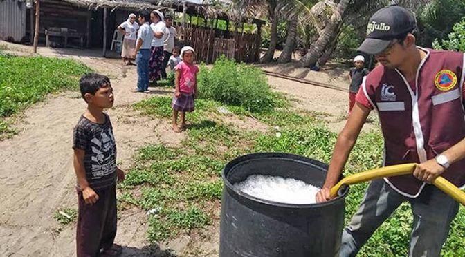 Tabasco: Abastecen de agua a comunidad El Alacrán (El Heraldo de Tabasco)