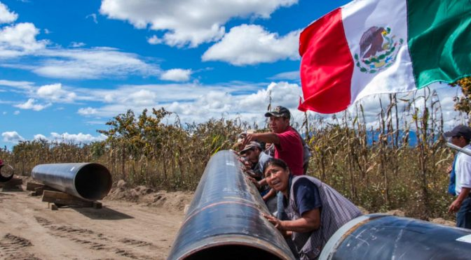 México: Comunidades afectadas por gasoductos mantienen oposición legal (pie de pagina)