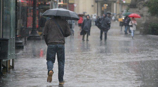 CdMx: Contra desabasto, 'cosechan' agua de lluvia en 2 alcaldías (Milenio)