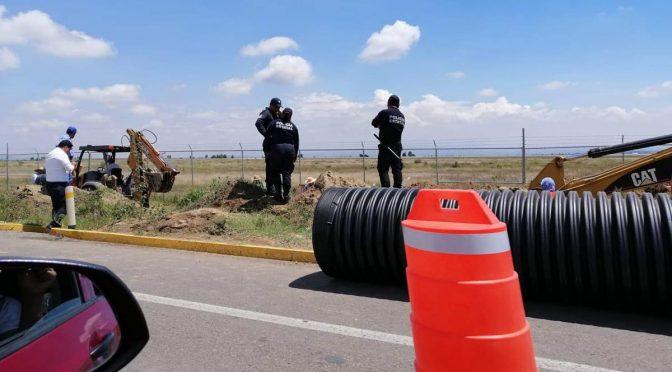 Puebla: Con fuerza pública, Ceaspue instalada red descargas de aguas industriales al drenaje (La jornada de Oriente)