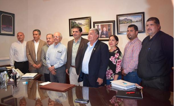 Torreón: Donan rotarios dos plantas potabilizadoras de agua a Villa Nazareno y El Rayo (El Siglo de Torreón)