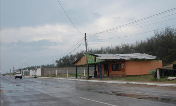 Tamaulipas: Falta de inversión en drenaje y agua frena crecimiento en Miramar (El Sol de Tampico)