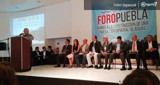 Puebla: Corren a Héctor Durán en foro para construir una nueva Ley General de Aguas (La jornada de Oriente)