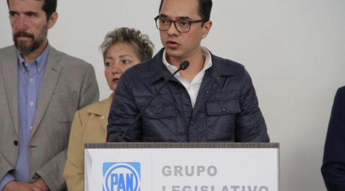 Querétaro: Va PAN por agua gratis en restaurantes (El Queretano)