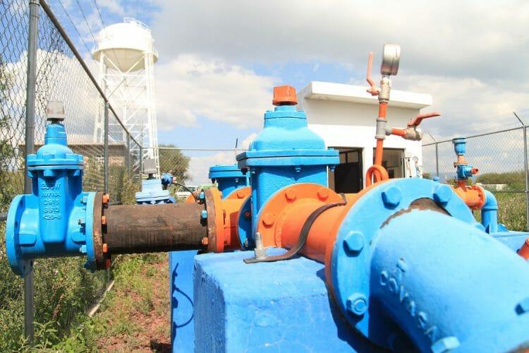 Pozo-y-Tanque-elevado – Agua.org.mx
