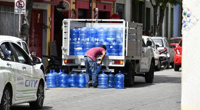 Oaxaca: Negocio en auge y la guerra por el agua (Imparcial de Oaxaca)