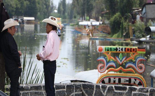 CDMX: Canales de Xochimilco, patrimonio entre aguas negras, plagas y basura (El Heraldo de México)