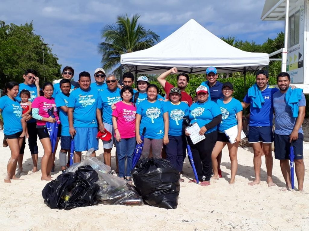 Se suma Aguakan a limpieza de playas en Quintana Roo (Palco Quintanarroense)