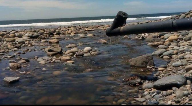 Veracruz: Continúa contaminación por aguas negras en playas: Pescadores (La Silla Rota)