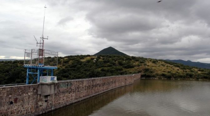Ciudad de México: Alertan por déficit de agua en las presas del País (AM)