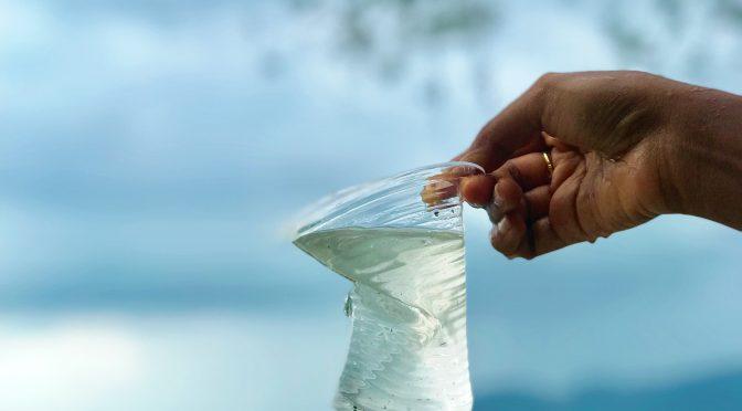España: WWF limpiará los plásticos del mediterráneo, desde Alicante hasta Valencia, con un barco ecológico durante dos semanas (La Vanguardia)