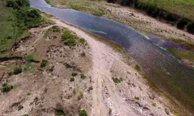 Republicana Dominicana: Extracción de arena impacta el río Yásica (El Caribe)