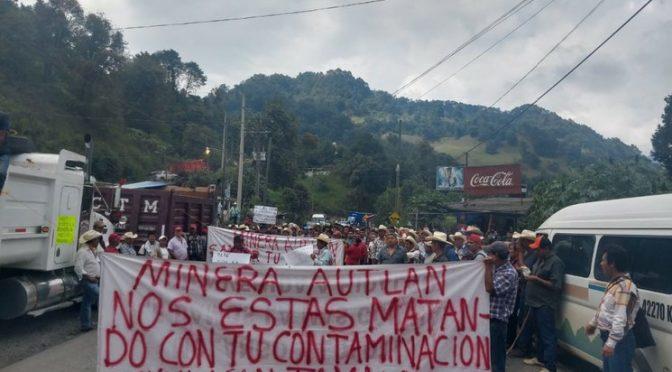 Hidalgo: Activistas y vecinos de Tamala protestan contra la Minera Autlán (La Jornada)