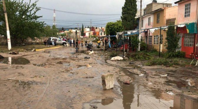 Guadalajara: Fuertes inundaciones en Jalisco y Sinaloa dejan dos muertos (La Jornada)