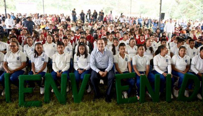 Morelos: Nepopualco, Morelos, recibe primera esta de red de abastecimiento de agua potable (El Universal)