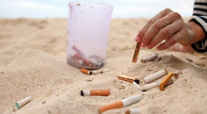 CDMX: Multarán con hasta 25 mil pesos a quien tire colillas de cigarro en la calle (AM)