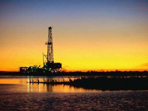 México carece de un buen tratamiento para aguas congénitas de pozos petroleros (Portal Automotriz)