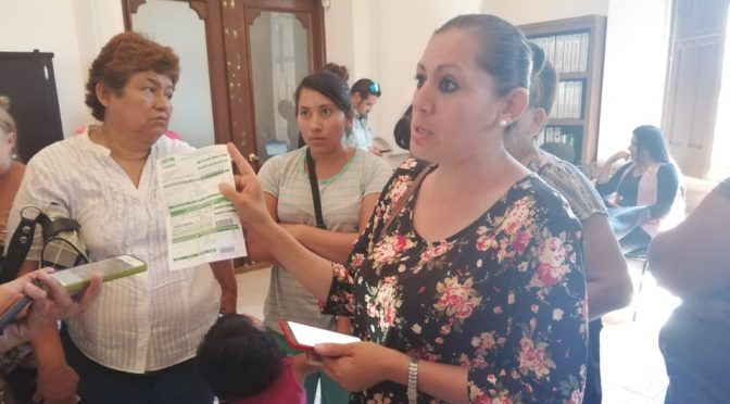 Durango: Se manifiestan en presidencia de Lerdo por falta de agua (Milenio)