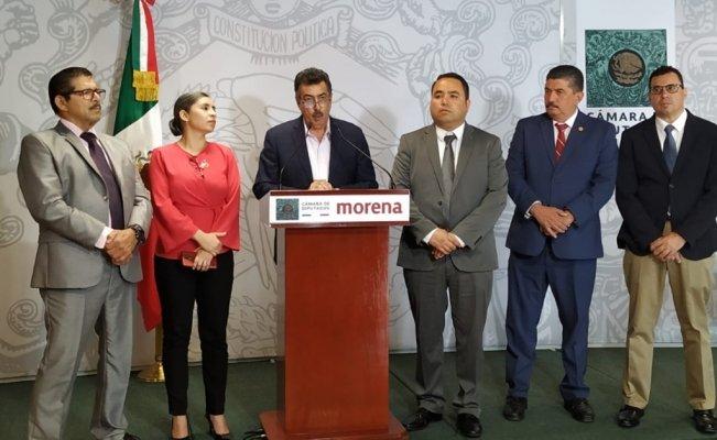 Morena recula y pide retirar cobro de agua a campesinos (El Universal)