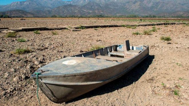 """""""Megasequía"""" en Chile: las catastróficas consecuencias de la mayor crisis del agua de los últimos 50 años (BBC)"""