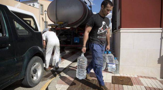 Málaga: El agua potable es un espejismo en Fuente de Piedra (El País)