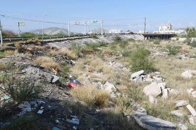 Durango: Lecho seco del Nazas, todo un río de basura (El Siglo de Torreón)