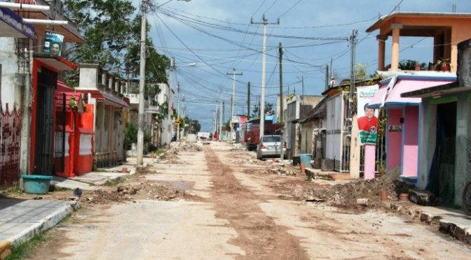 Quintana Roo: Invertirá CAPA en ampliación de drenaje sanitario en Bacalar (Luces del Siglo)