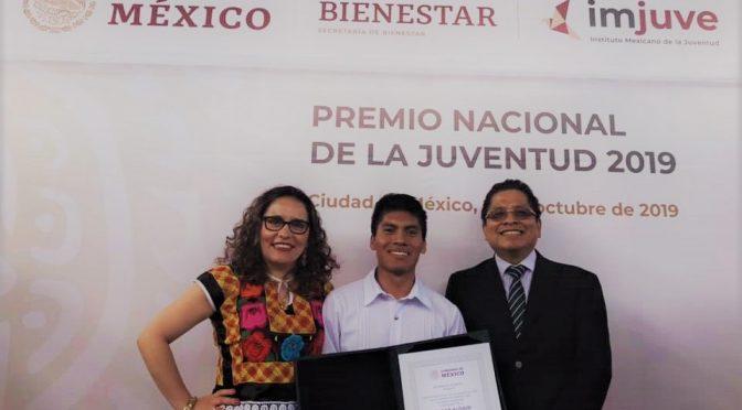 Oaxaca: Obtiene «Premio Nacional de la Juventud» integrante de Litigio Estratégico (Sucedió en Oaxaca)